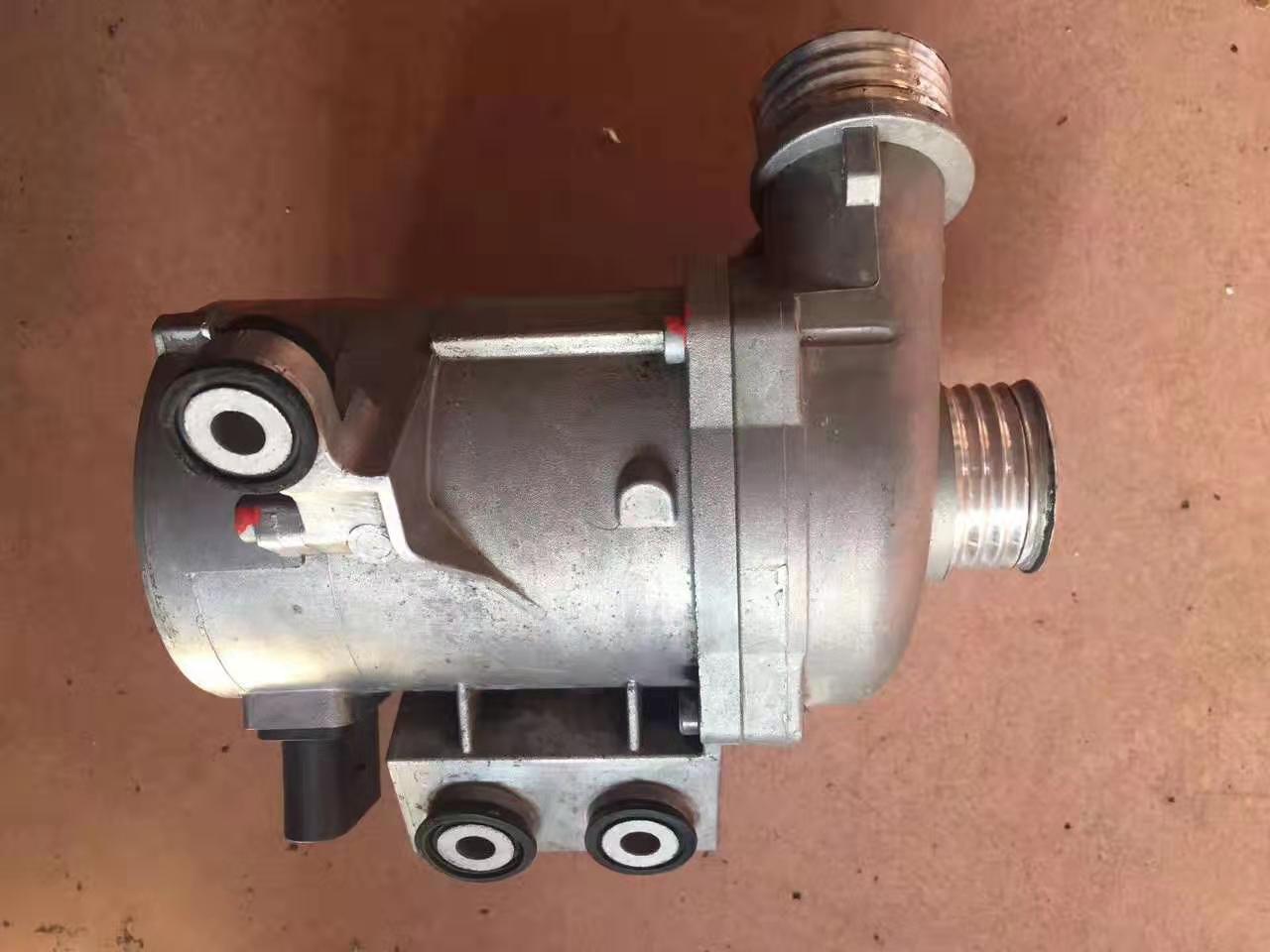 宝马530 E66